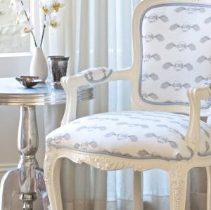 Tattoo-chair-3-960x700
